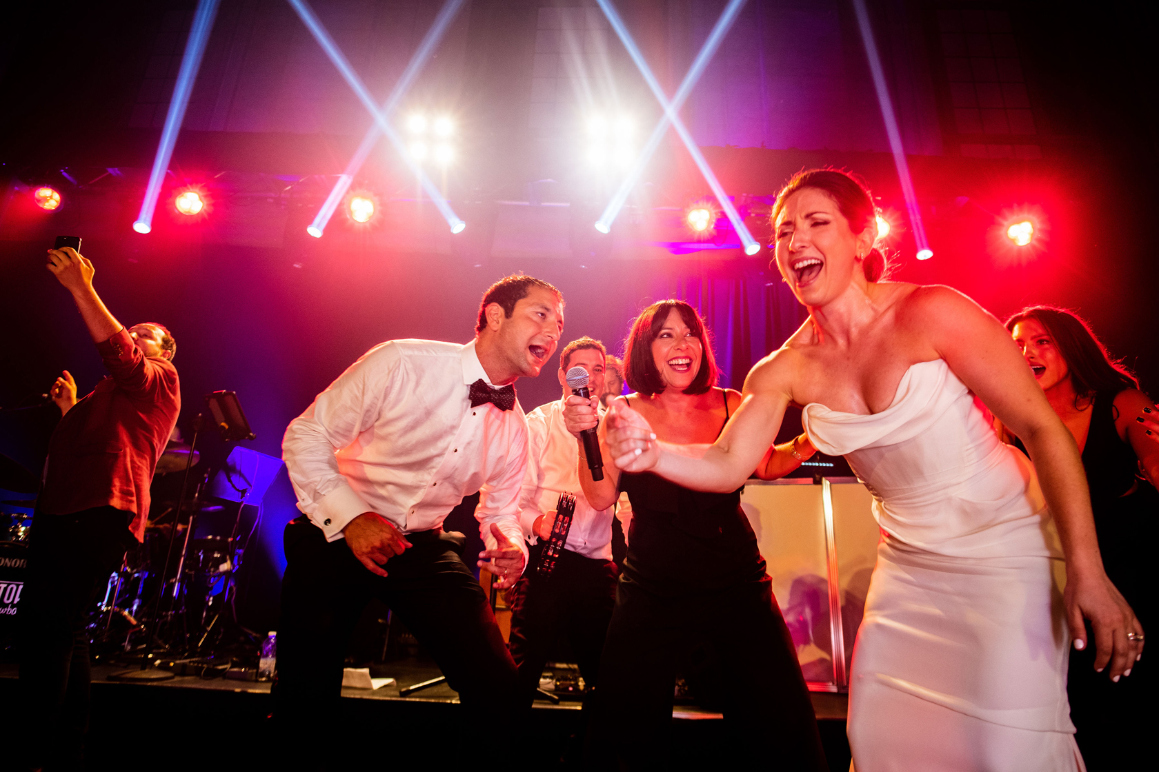 The-Directors-Showband_montreal-weddings-_-live-music-_-